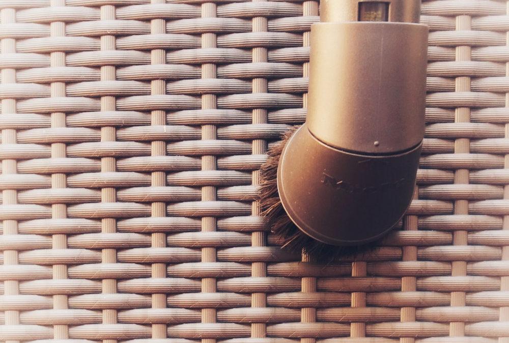 Mach den Staubsauger zu deinem Freund – 10 erstaunliche Tricks, wie du bei der Hausarbeit echt Zeit sparen kannst