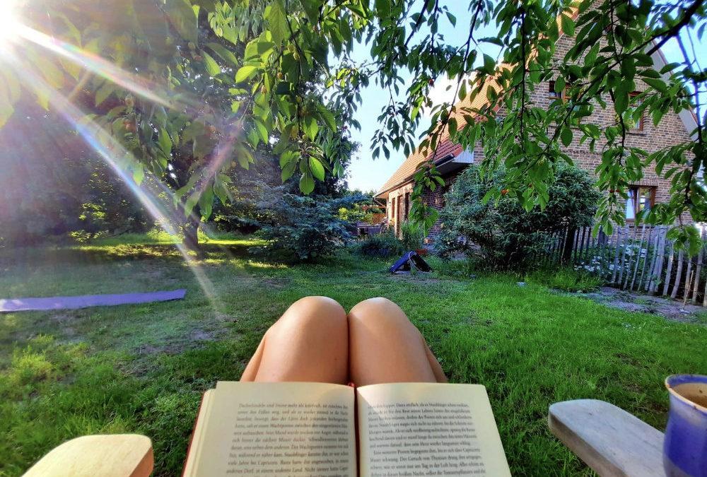 So geht Urlaub auf Balkonien – 51 Gedanken und Impulse