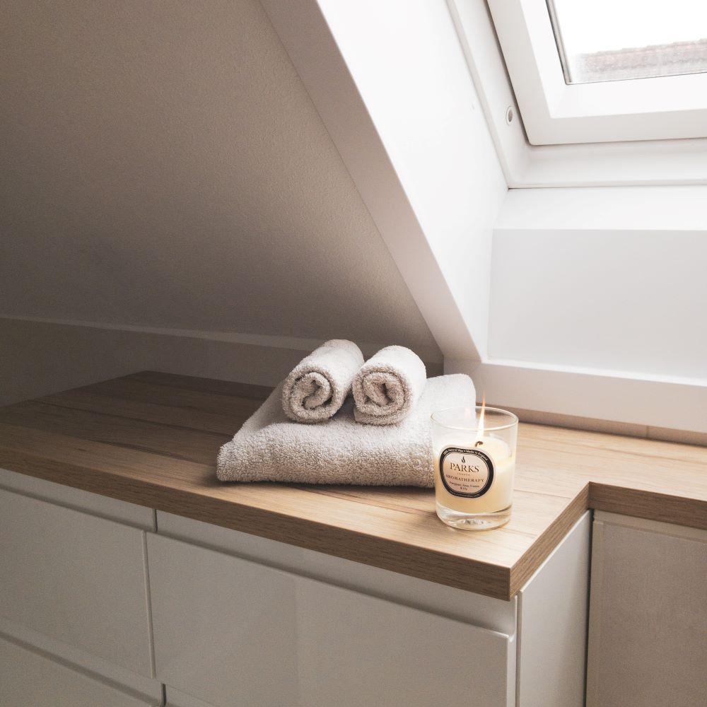 Hack 1, Badschrank aus IKEA-Küche mit Arbeitsplatte