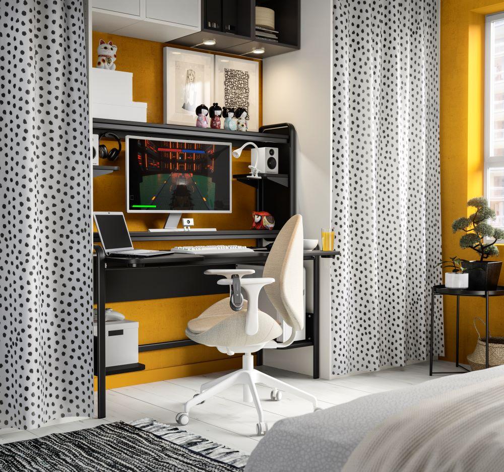Wie Farben wirken: Gelb   Arbeitszimmer mit gelber Wand